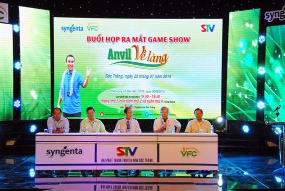Họp báo ra mắt chương trình gameshow Anvil về làng