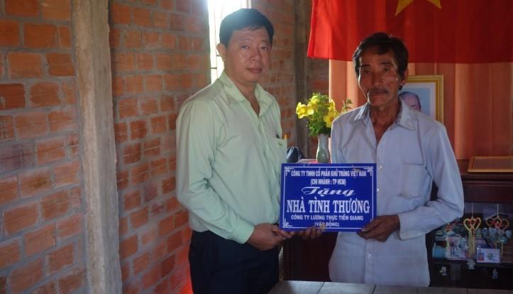 Công ty CP Khử Trùng Việt Nam trao tặng nhà tình nghĩa, tình thương tại tỉnh Tiền Giang
